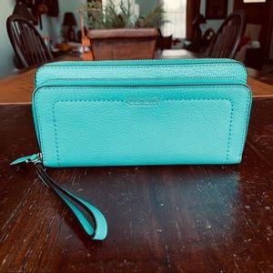 Coach Park Double Zip Wallet F49157*REDUCED*